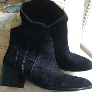 NEW‼️ Suede cowboy style boots! Fabulous!